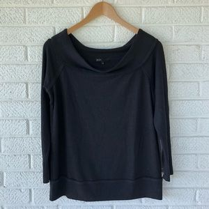 Gibson black pullover sweater top